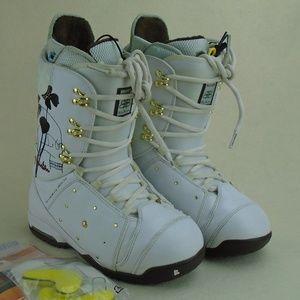 B By Burton Womens Snowboard White Boots Sz 8.5